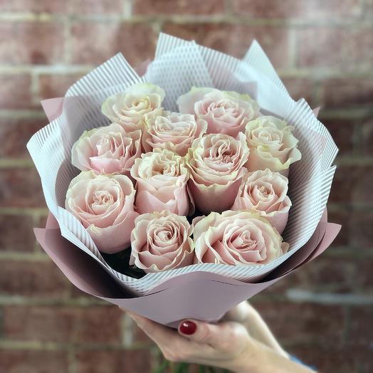 11 роз Pink Mondial