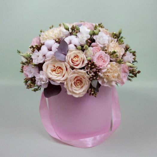 "Цветочная коробка ""Зефирка"": букеты цветов на заказ Flowwow"