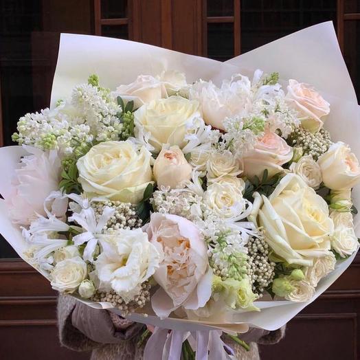 Букет цветов «Аромат любви»