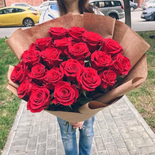 Букет из 21 красной розы 60 см премиум