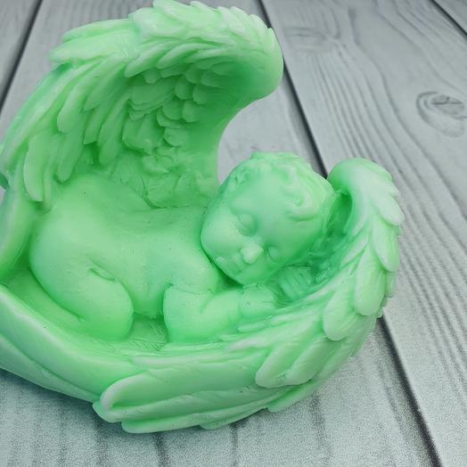 Мыло ручной работы - Малыш в крыльях большой (зелёный)