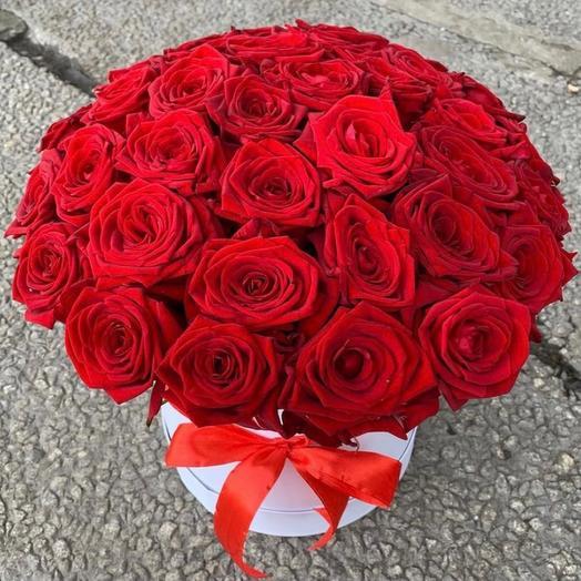 Цветы в коробке « Розы 31  шт»