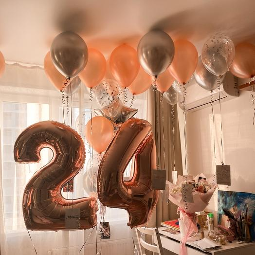 Набор с цифрами + 28 шаров