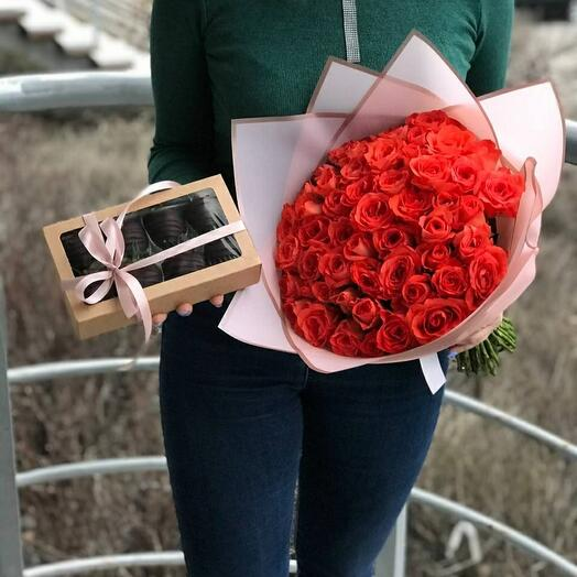Букет из Роз 🌷 + коробочка из клубники в шоколаде 🍓 🌸