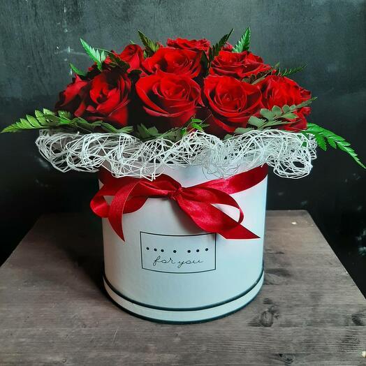 21  красная роза в коробке