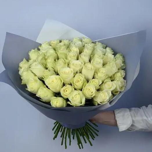 51 роза белая