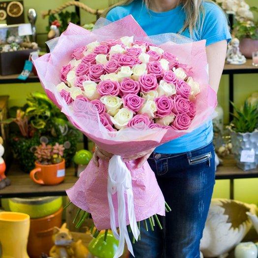 Букет из роз Манящая роза: букеты цветов на заказ Flowwow
