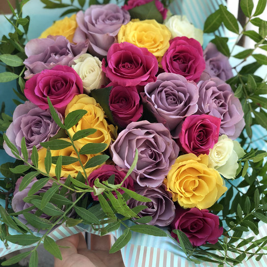 Букет из роз микс: букеты цветов на заказ Flowwow