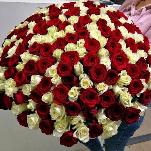 Большой букет из роз
