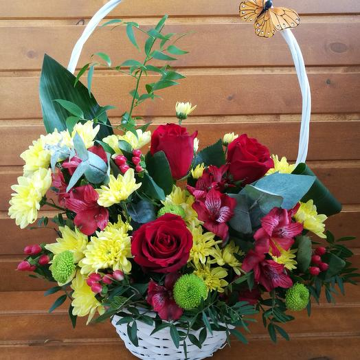 Корзина осенняя сборная: букеты цветов на заказ Flowwow