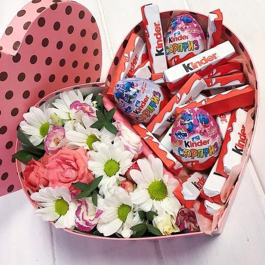 Коробочка со сладостями 1: букеты цветов на заказ Flowwow