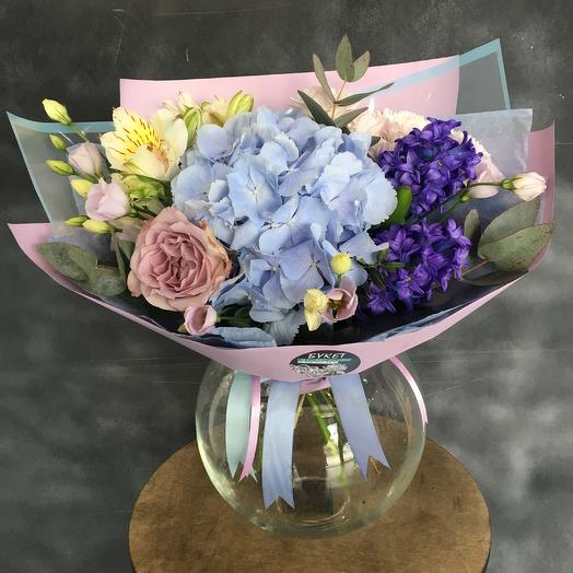 Микс с гортензией: букеты цветов на заказ Flowwow