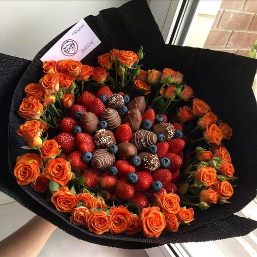Букет Fantasy Black: букеты цветов на заказ Flowwow