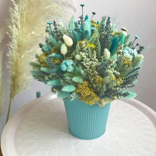 Большое ведёрко с сухоцветами: букеты цветов на заказ Flowwow