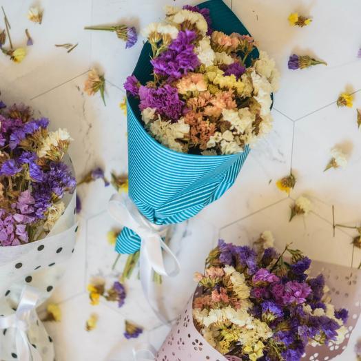 Букетик из разноцветной статицы: букеты цветов на заказ Flowwow