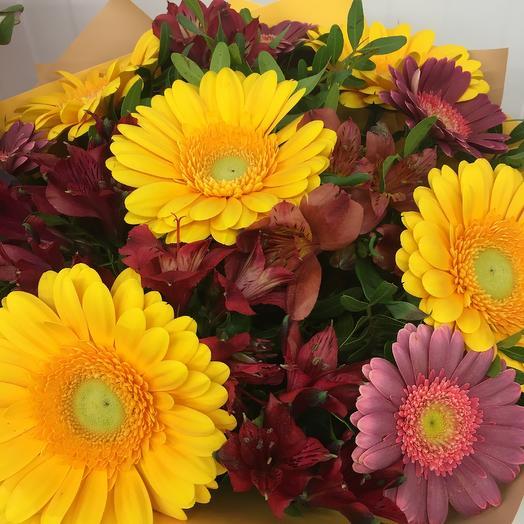 Букет-микс Волшебный Мир: букеты цветов на заказ Flowwow