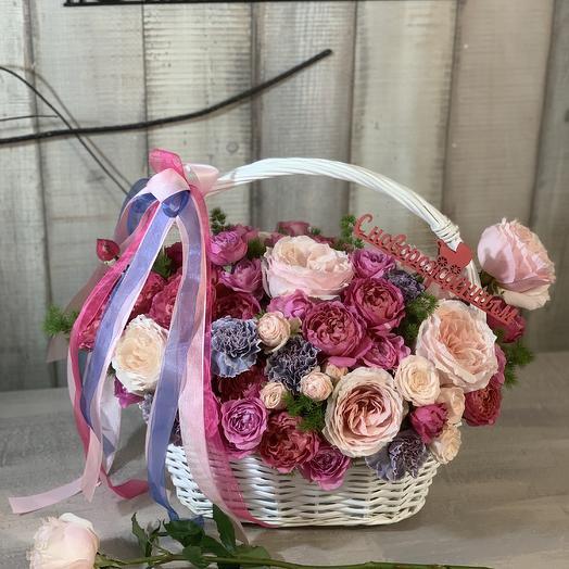 Композиция с розами «Julieta Cerise»
