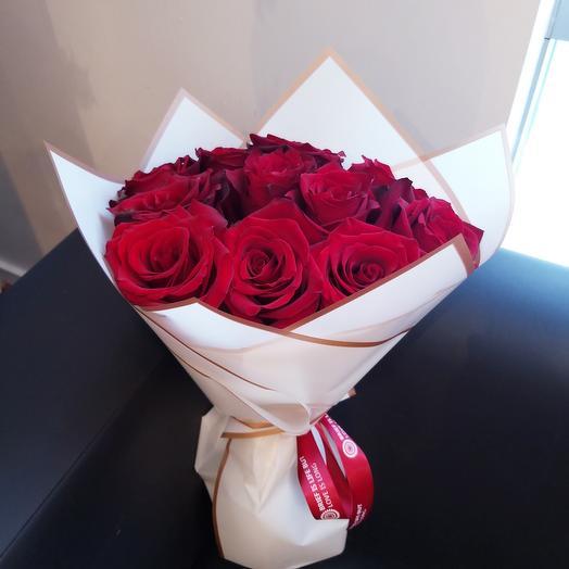11 эквадорских роз с оформлением 😍