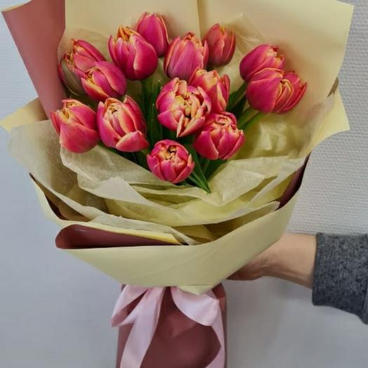 Букет с пионовидными тюльпанами Каламбус