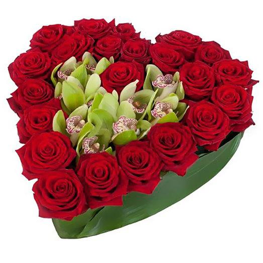Композиция Любимой женщине: букеты цветов на заказ Flowwow
