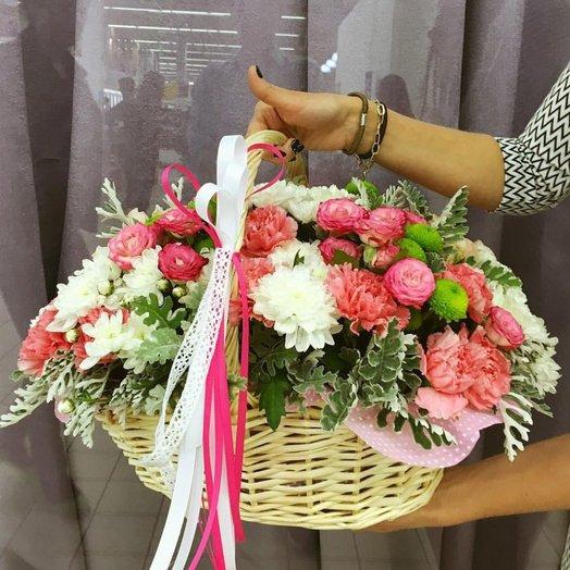 Корзинка для любимых: букеты цветов на заказ Flowwow
