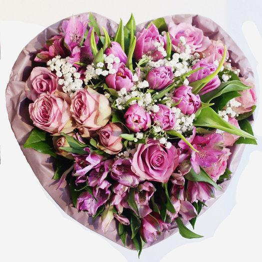 Букет-сердце в сиреневых тонах: букеты цветов на заказ Flowwow