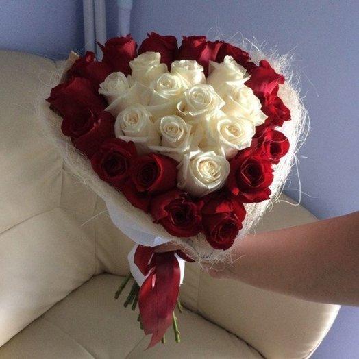 Букет Сердце Амура: букеты цветов на заказ Flowwow