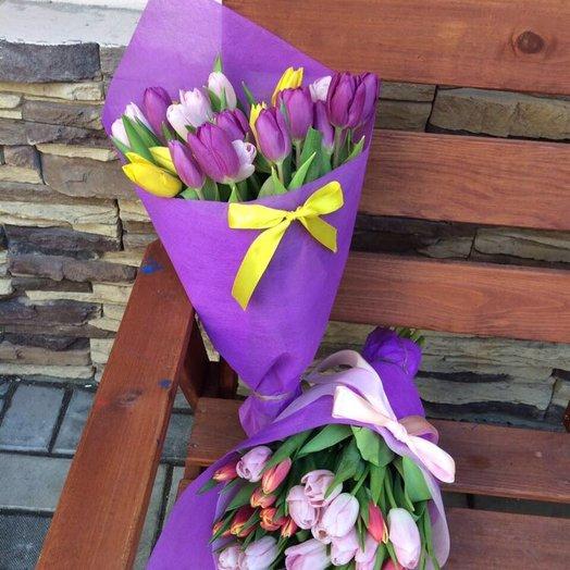 25 тюльпанов с оформлением: букеты цветов на заказ Flowwow