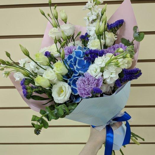 Шикарный букет в синих оттенках : букеты цветов на заказ Flowwow