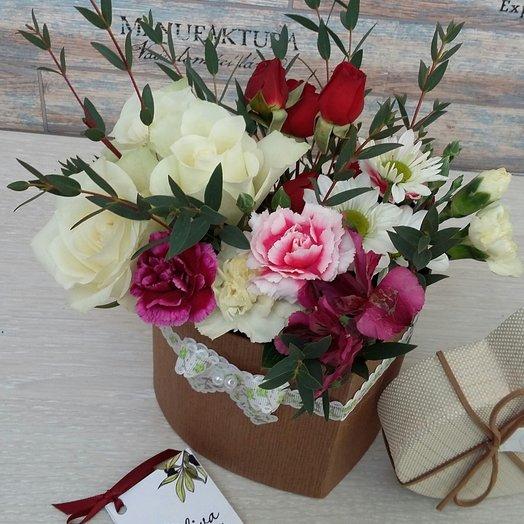 Коробка 13: букеты цветов на заказ Flowwow