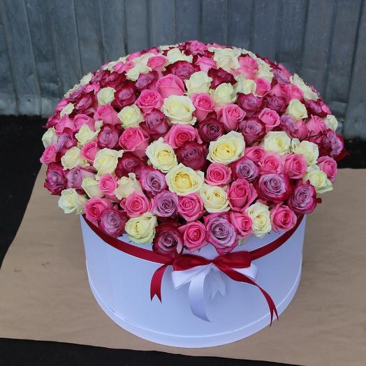 VIP Букет, 151 роза в шляпной коробке: букеты цветов на заказ Flowwow