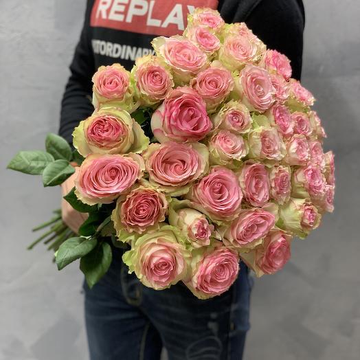 Букет из 37 пионовидных роз Эсперанса: букеты цветов на заказ Flowwow