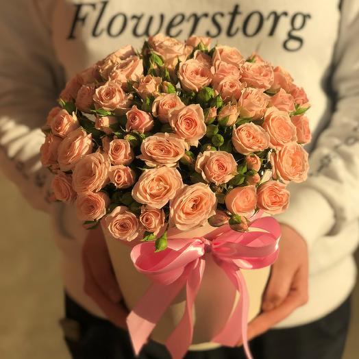 Коробки с цветами. Кустовые розы. N416: букеты цветов на заказ Flowwow