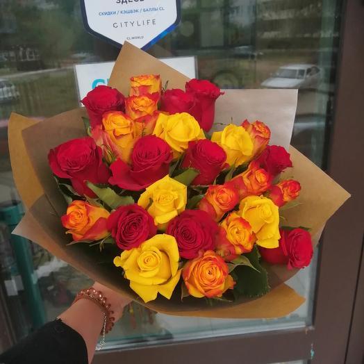 25 роз в крафте!): букеты цветов на заказ Flowwow