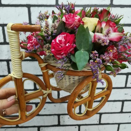 Велосипед с цветами: букеты цветов на заказ Flowwow