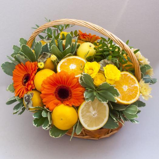 """Фруктовая корзина """"Лимонное дерево"""": букеты цветов на заказ Flowwow"""