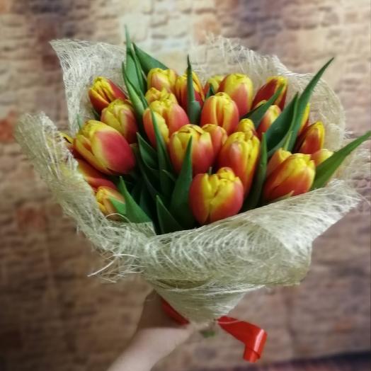 Букет из 25 тюльпанов: букеты цветов на заказ Flowwow
