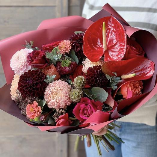 """Красивый букет цветов для девушки """"Медорада"""""""