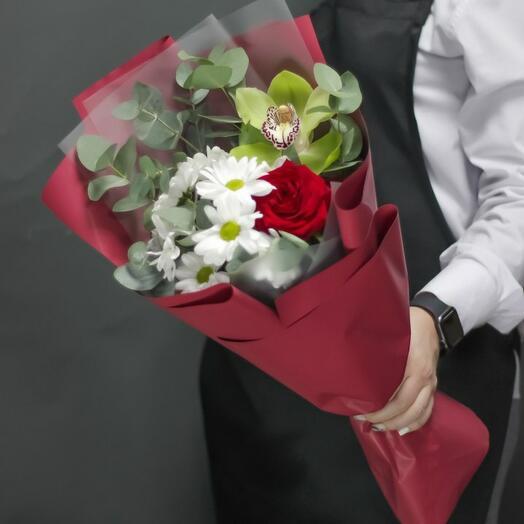 Букет цветов Яркие краски