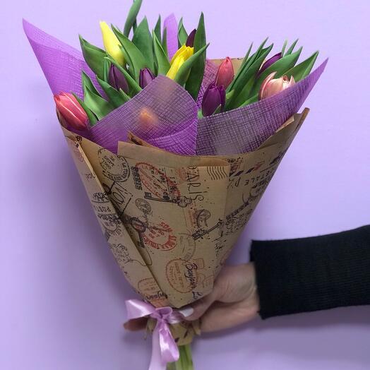 Тюльпаны в фиолетовом