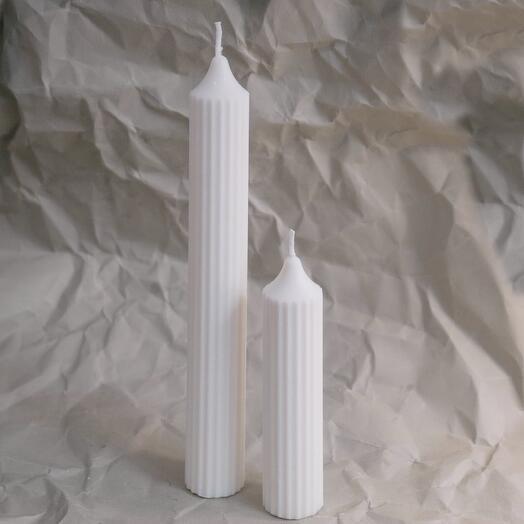 Высокая прямая свеча Tower (молочного цвета)
