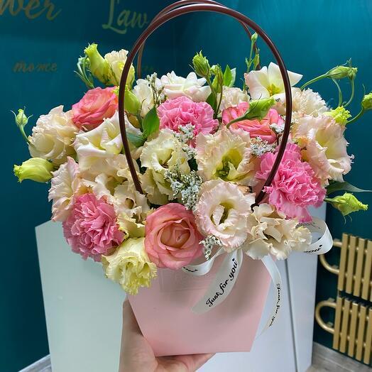 Цветы в сумке🌸