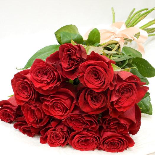 Букет из роз Red Roses: букеты цветов на заказ Flowwow