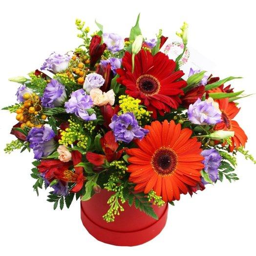 Композиция в шляпной коробке Сирена: букеты цветов на заказ Flowwow