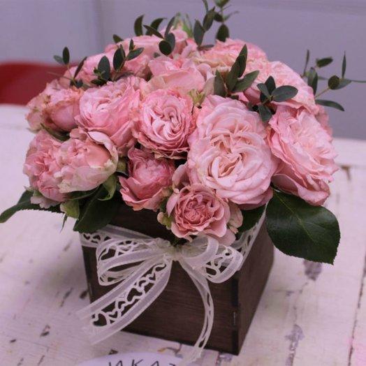 Оригинальный букет в деревянном ящике: букеты цветов на заказ Flowwow