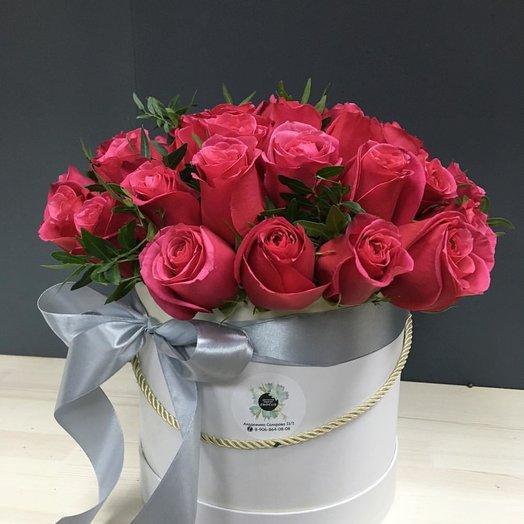 Алые грезы: букеты цветов на заказ Flowwow