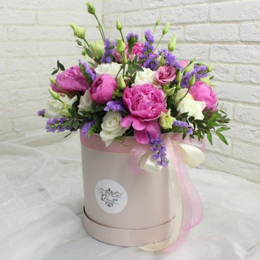 Яркий пион: букеты цветов на заказ Flowwow