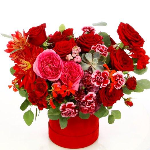 Ярко-красное зарево: букеты цветов на заказ Flowwow