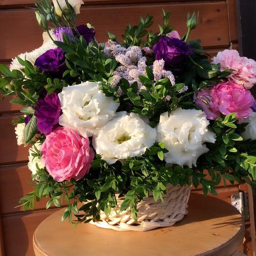 """Корзинка """"Махровая нежность"""": букеты цветов на заказ Flowwow"""