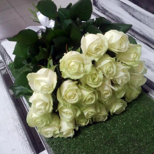 25 роз Аваланж: букеты цветов на заказ Flowwow